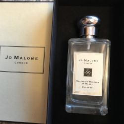 ‼️Jo Malone nectarine blossom  and honey cologne