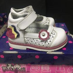 Туфли детские 20 размер
