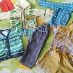 Clothes for a boy 1-2 years. In the photo, not all.