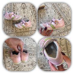 Ботиночки кеды как новые на девочку