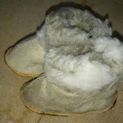 Тeплые башмачки для малыша новые натуральный мех