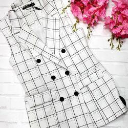 Stylish check vests