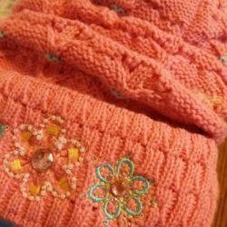Новый комплект шапочка и шарф для девочки