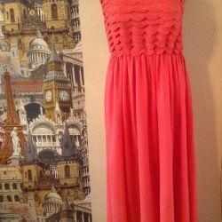 Шифоновое коралловое платье