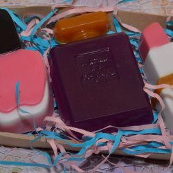 El yapımı sabun seti