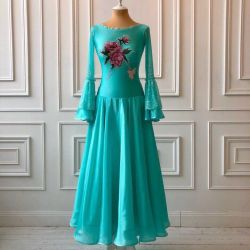 New ball gown standard / rental possible