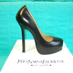 Yves Saint Laurent shoes new condition
