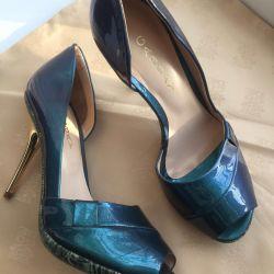 Pantofi noi piele, lac, p37 Italia.