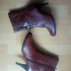 Leather shoe boots.