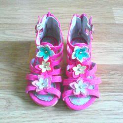 Ос Sandals