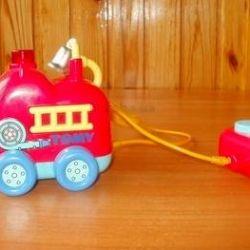 Πυροσβεστικό όχημα στο TOMY RU με τηλεχειριστήριο