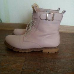 Μπότες d / s 39r