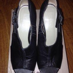 Shoes 38-39