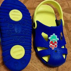 Children's sandals for the beach and pool