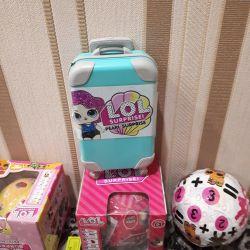 Нові ляльки лол в валізі