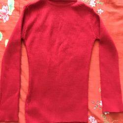 Polo-neck woolen