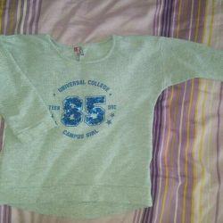 Tişörtü s.42-44-46, kapüşonlu, tişörtü