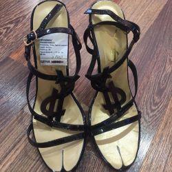 5700 için satın alınan Yves Saint Laurent yeni ayakkabı