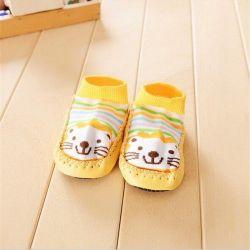 New socks with non-slip soles