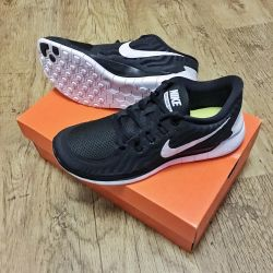 Sneakers for running Nike Free 5.0