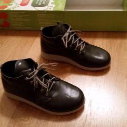 Χαμηλά παπούτσια άνοιξη-πτώση σε ένα ποδήλατο 39 μέγεθος