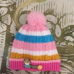 Нова весняна шапочка 40-42 р-р