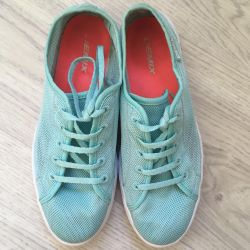 Παπούτσια Demix