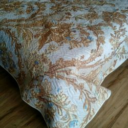 Quilted bedspread 2 joint venture NEW