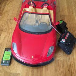Ferrari cu mașină controlată radio