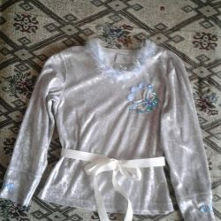 New Year's suit for a girl of 10-12 years
