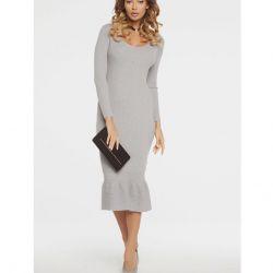 Платье, VV, 40-42. Малозаметные катышки.
