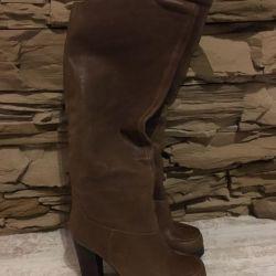 Δερμάτινες μπότες