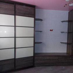 Sliding wardrobe with Wall