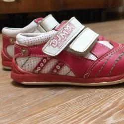 Χαμηλά παπούτσια, μέγεθος 24