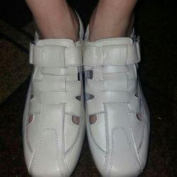 Туфли новые на мальчика нат.кожа