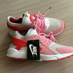 Sneakers for Huaxi
