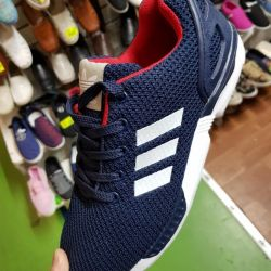НОВІ МУЖСКИЕ кросівки