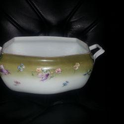 Tureen Kuznetsova porcelain