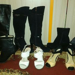 Shoes 35-36 sizes.