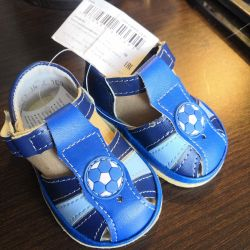 Sandals for the boy 18 size