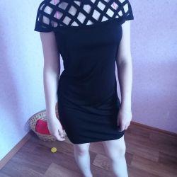 Ben yeni bir siyah satacak elbise 44-46
