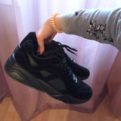 Puma Sneakers URGENT‼ ️‼ ️