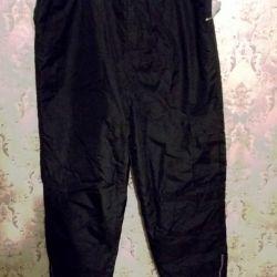 Pantaloni izolați p.54-56