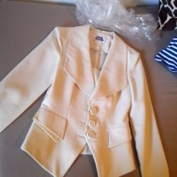 Jacket of milky color