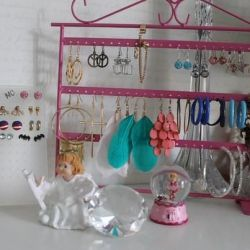 earrings and organizer