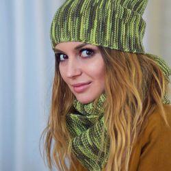 Beanie / Fur hat in 2 turns 100% merino wool