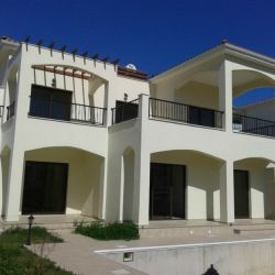 Vilă cu trei dormitoare în Pissouri, Limassol