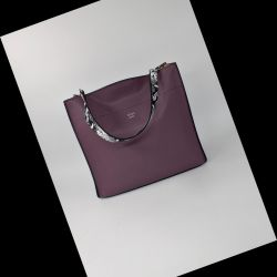 Bag female Fendi. Genuine Leather!