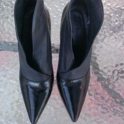 Ayak bileği botları