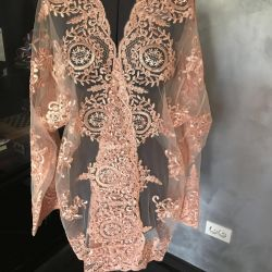 Female caftan 48 r, lace, new, Italy